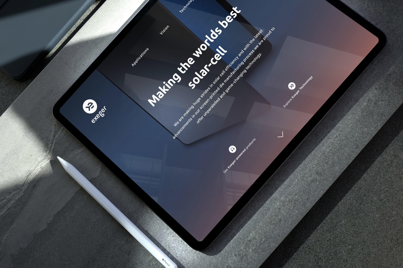 3-Web-on-tablet